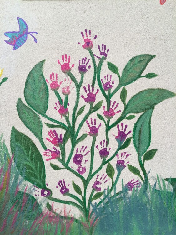 3-exterior-hand-flowers-butterfly-portrait